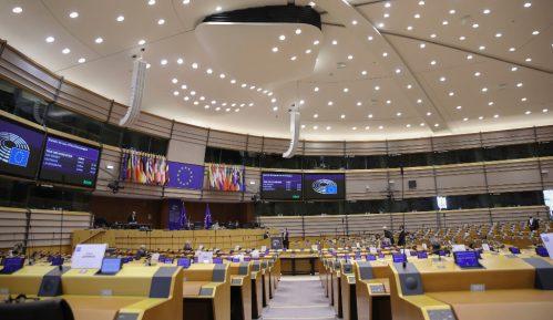 EU neće više da ćuti na afere aktuelnog režima 10