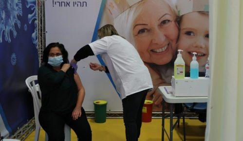 Izrael ukinuo obavezno nošenje maski, otvorio škole 4