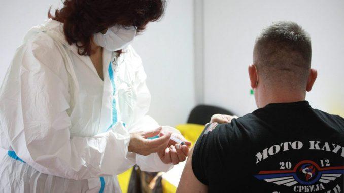 Lekari za VOICE: Odziv građana na vakcinaciju razočaravajući 4