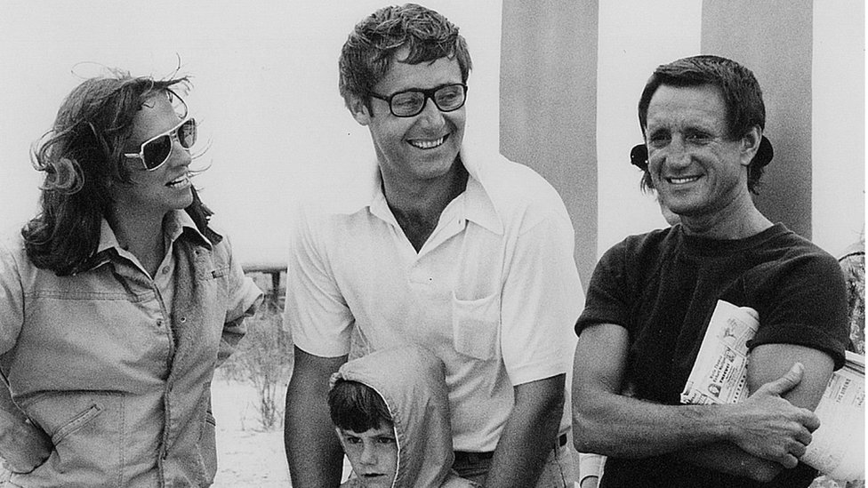The Benchleys in the set of Jaws, seen alongside the actor Roy Scheider