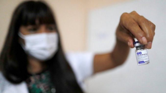 Korona virus: U Srbiji se nastavlja vakcinacija, Britanija ispituje efekte kombinovanja injekcija 4