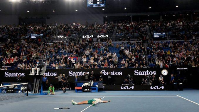 Korona virus i Australijen open: Zašto su gledaoci teniskog finala u Melburnu zviždali na pomen vakcina 3