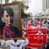 Snage bezbednosti Mjanmara ubile više od 800 ljudi od izbijanja protesta 9