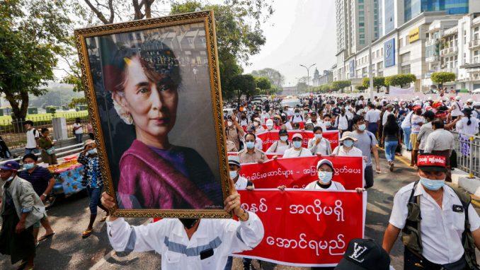 Demonstranti u Mjanmaru ne odustaju od protesta uprkos sve većem broju žrtava 10