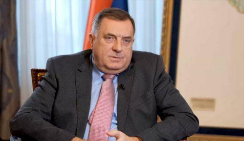 Dodik: Saradnja sa NATO-om prihvatljiva, ali ne i članstvo u toj vojnoj alijansi 1