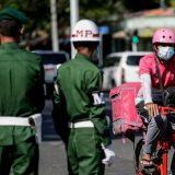 Vojska Mjanmara upala u sedište stranke Aung San Su Ći 2