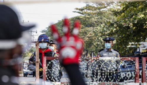Mjanmaru preti građanski rat 3