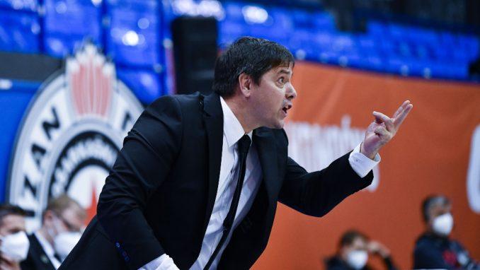 Trener košarkaša Partizana najavio razgovor sa upravom kluba 4