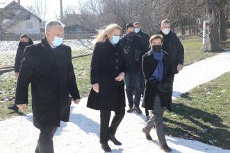 Brnabić: Sretenjskim duhom inspirisana Srbija danas primer mnogima u svetu 8