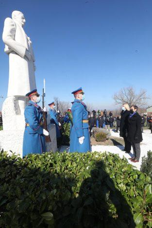 Brnabić: Sretenjskim duhom inspirisana Srbija danas primer mnogima u svetu 4