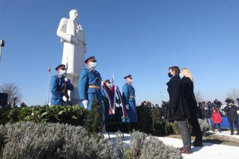 Brnabić: Sretenjskim duhom inspirisana Srbija danas primer mnogima u svetu 2