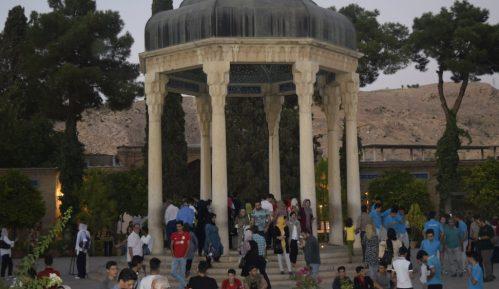 Iran: Na Hafezovom grobu 6