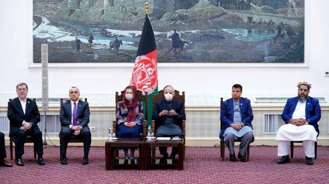U Avganistanu počela vakcinacija protiv kovida-19 1
