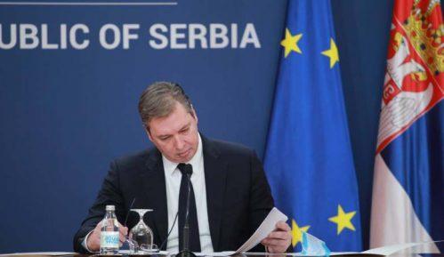 Vučić: Tobož nezavisni mediji imaju istu naslovnu stranu sa Miškovićem, vraćaju nas u prošlost 5