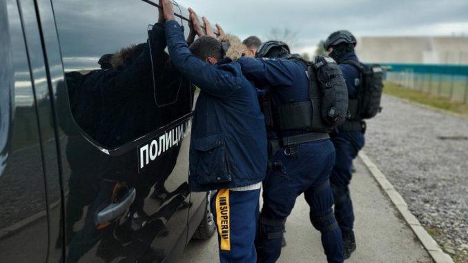 MUP: Sinoć pronađen i sproveden u prihvatne centre 31 iregularni migrant 17