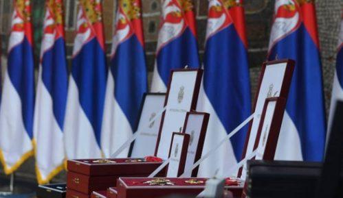 Vučić uručio 170 odlikovanja povodom Dana državnosti Srbije 2