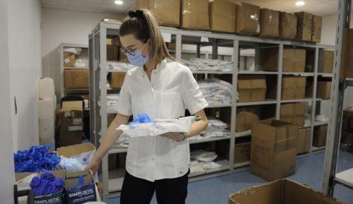 UNICEF isporučio zaštitnu opremu za kovid bolnicu u Batajnici i Kliničkom centru Srbije 13