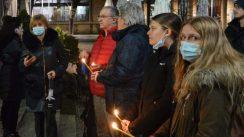 Građani Srbije i regiona i večeras pale sveće za Balaševića (FOTO, VIDEO) 6