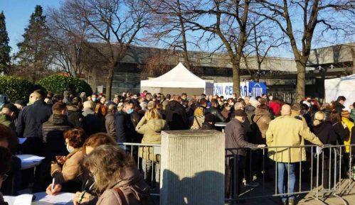 Nikodijević: Na Beogradskom sajmu revakcinisano više od 30.000 građana, veliki redovi ispred Hale 11 11