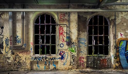 MUP: Prekršajne prijave protiv devet osoba zbog pisanja grafita 1