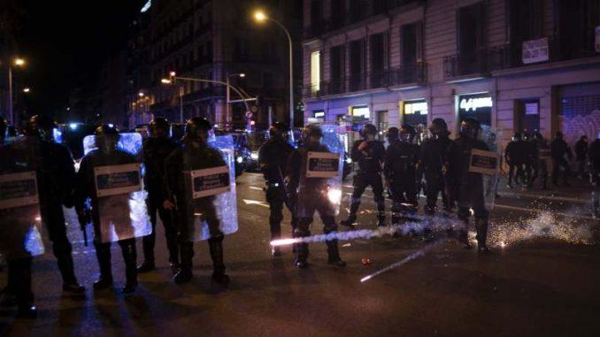 U Barseloni šesti dan protesta zbog zatvaranja rep muzičara 5