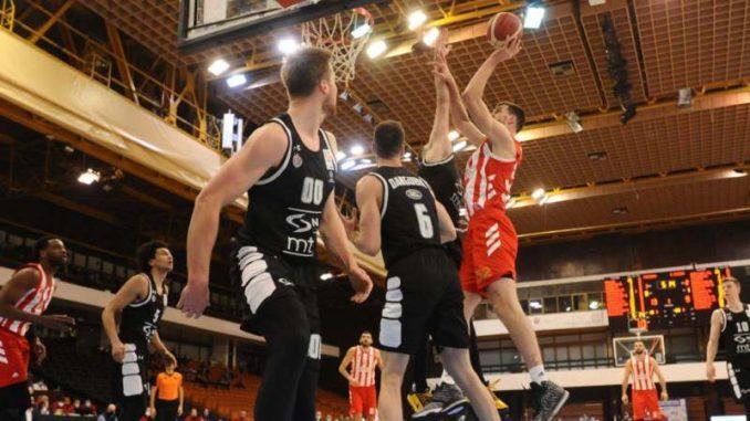 Zvezda bolja u derbiju za finale Kupa Koraća 1