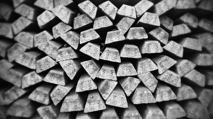 Skok i pad cena srebra posle akcije pokrenute s Redita 4