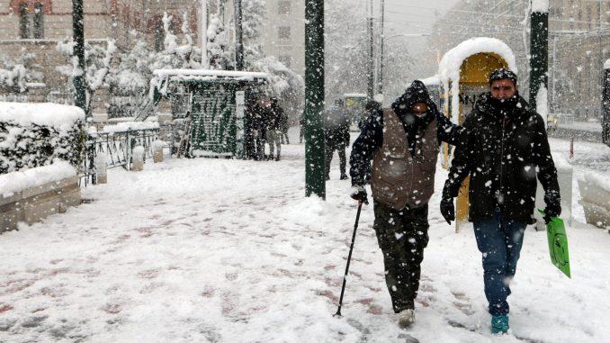 U Grčkoj dve osobe stradale u talasu hladnoće i snežnim padavinama 3