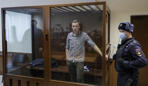 Pariz osuđuje Rusiju zbog nemilosrdnog odnosa prema Navaljnom, pominje sankcije 6
