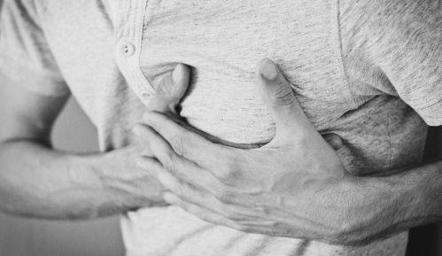 Simptomi miokarditisa kod obolelih od kovida 19 4