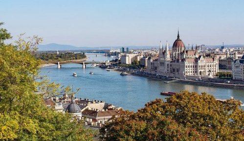 Vanredno stanje u Mađarskoj produženo za 90 dana 7