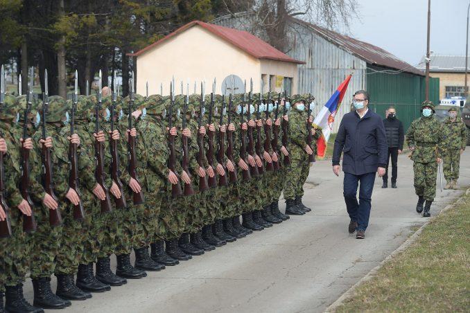 Vučić čestitao Dan Vojske Srbije 6