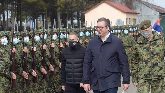 Vučić: Srbija mora da uradi sve što može da odvrati svakog potencijalnog agresora (FOTO) 1