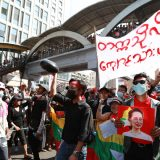 SAD osudile zabranu okupljanja u Mjanmaru 7