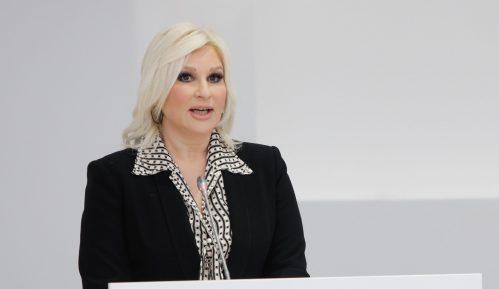Mihajlović: Politička borba se vodi programima, a ne napadima na decu 2