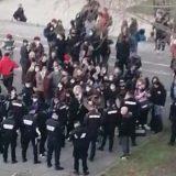 Pank svirka ispod Brankovog mosta u Beogradu, policija reagovala (VIDEO) 14
