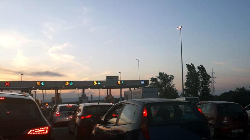 JPPS: Gužve za putnička vozila na više graničnih prelaza 1