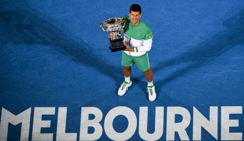 Đoković osvojio deveti trofej na Australijan openu, 18. grend slem titulu 2