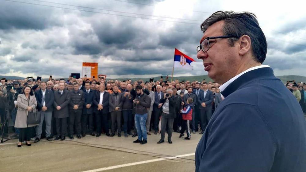 """Devedeset odsto porodica nema Vučićev """"pristojan život"""" 1"""