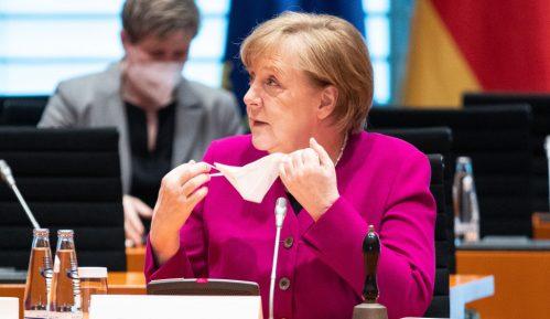 Merkel ukazala na značaj bliskih transatlantskih odnosa sa SAD 11