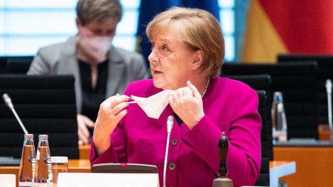 Merkelova pozvala na usvajanje zakona koji vladi daje šira ovlašćenja za uvođenje sanitarnih mera 4