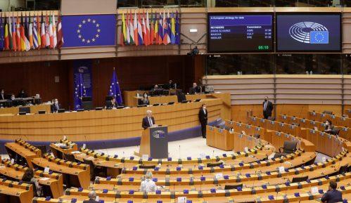 Vučićevo radikalsko režanje na Evropu 8