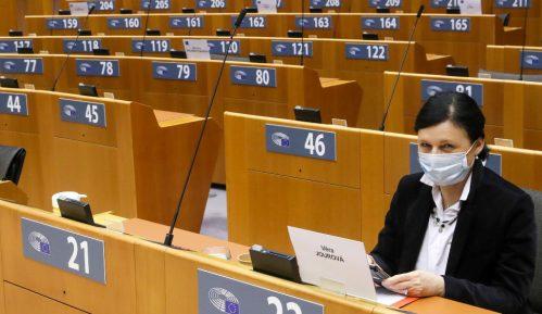 Neuspeh lobiranja SNS da Evropa izbriše afere 9