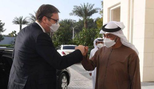 Vučić razvija privatno poslovni odnos sa partnerima iz UAE 4