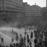 Dan kada je vlast na demonstrante izvela tenkove 6