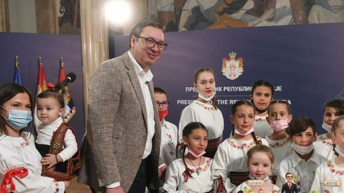 Vučiću ne ide u prilog otvoreni sukob sa Stefanovićem 1