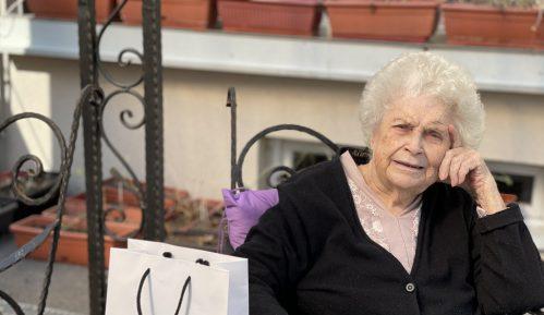 Baka (102) koja je preživela koronu: Mladi treba da se vakcinišu 1
