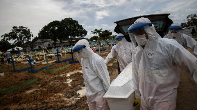 Brazil će večeras preći prag od 400.000 preminulih od korona virusa 1