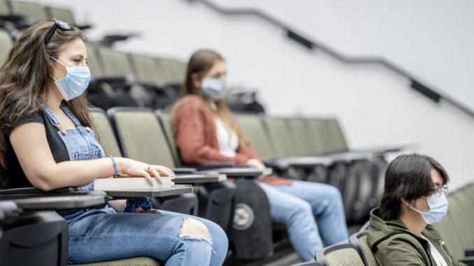 Korona virus i vakcine: Da li studenti u Srbiji zaista ne žele da se vakcinišu 5