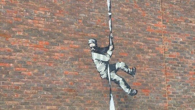 Benksi i ulična umetnost: Misteriozni umetnik potvrdio da je nacrtao odbeglog robijaša na zidu zatvora Reding 4